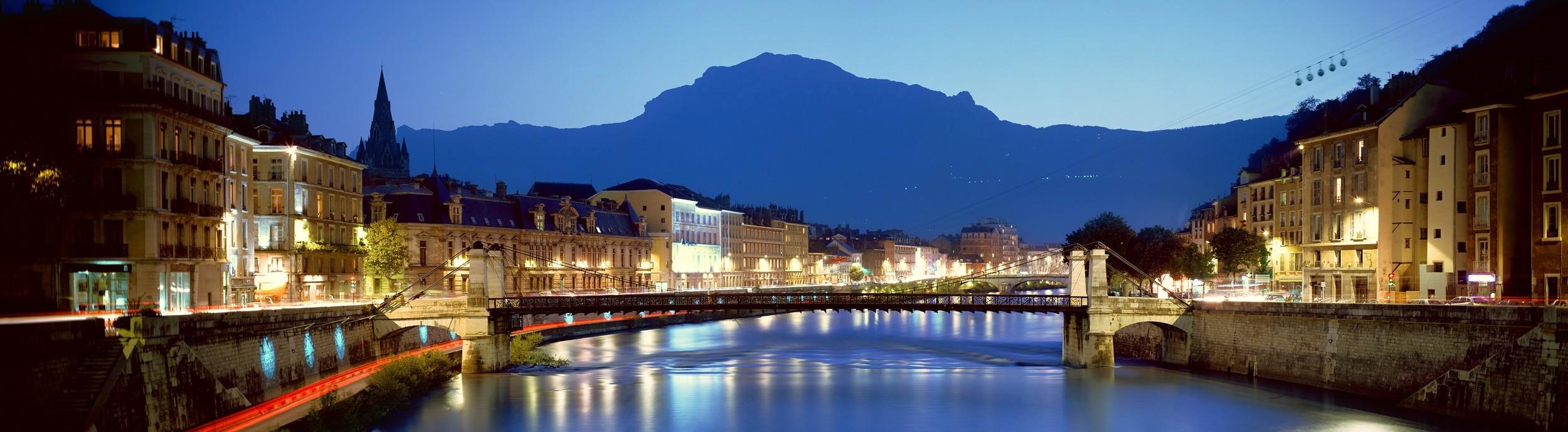 Quais de Grenoble